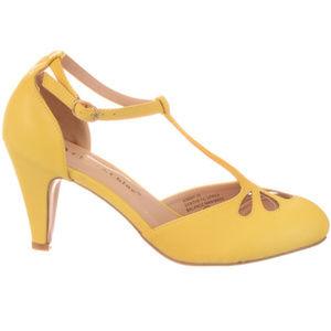 NEW Vintage Pinup Maryjane Heels Lemon Chiffon 5.5